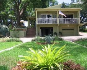 Tropical Landscape Design in Miami